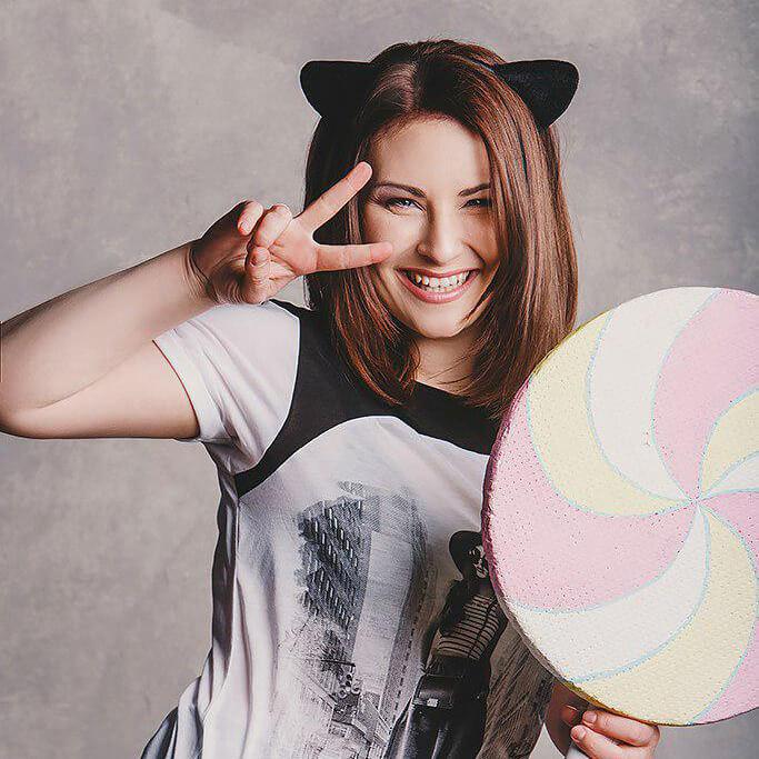 Nika Lenina на музичній сцені Comic Con Ukraine 2019!